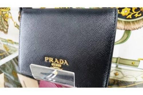 財布 バッグの中古 PRADA