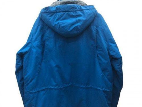 Patagonia パタゴニアのシェルジャケット