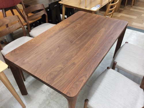 ダイニングテーブルの大和市 中古家具