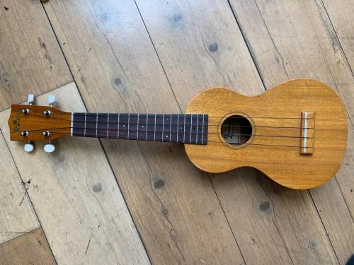 ギターのウクレレ