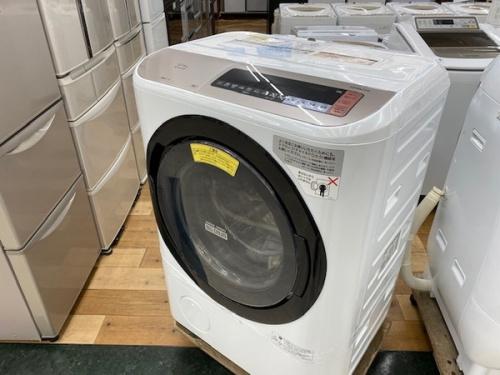 生活家電のドラム型洗濯機