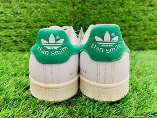 adidas アディダスのスタンスミス STAN SMITH