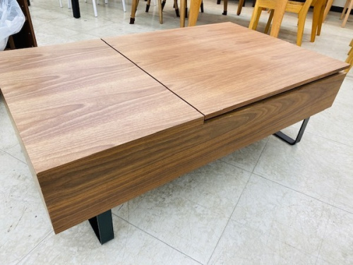 家具のセンターテーブル