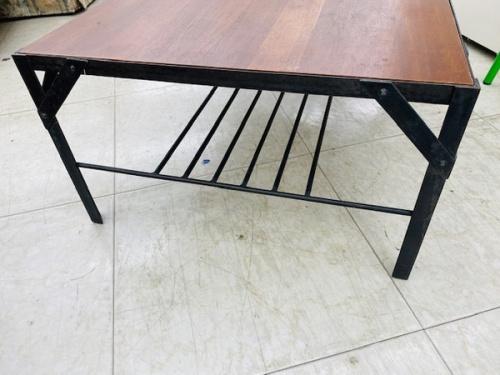テーブルの横浜 ウニコ 中古