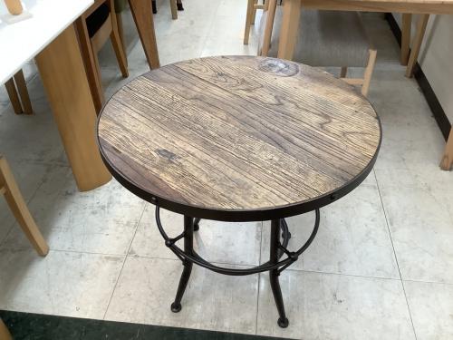 家具のテーブル カフェテーブル  インダストリアル