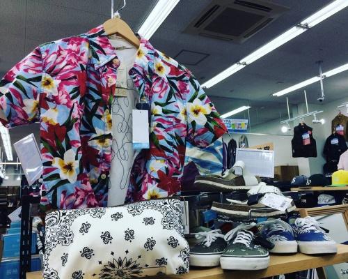 シャツの買取 大阪