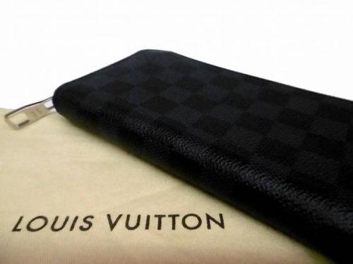LOUIS VUITTONのルイ・ヴィトン