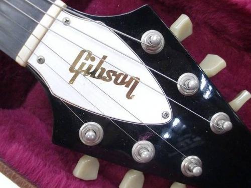 ギターのGibson