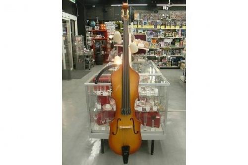 楽器・ホビー雑貨のアップライトベース