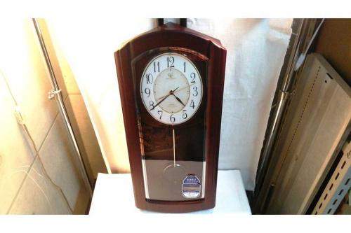 掛け時計のリズム時計工業