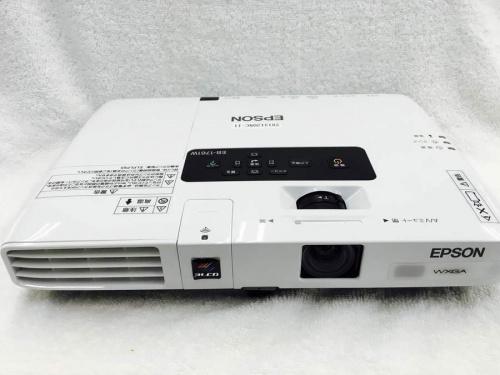 デジタル家電のプロジェクター