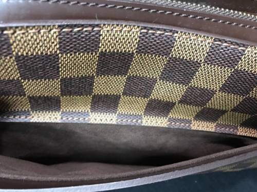 ルイヴィトン(LOUIS VUITTON)のセカンドバッグ