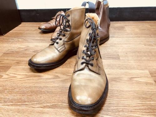 Trickerの靴