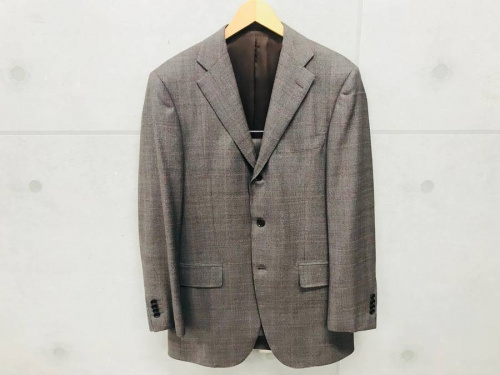 ジャケットのスーツ