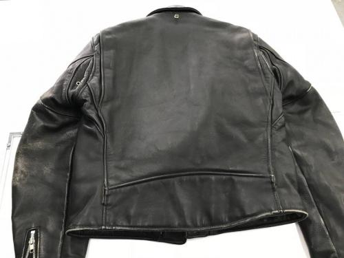 ジャケットのPERFECTO BY SHOTT