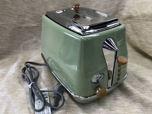 トースターのDeLonghi