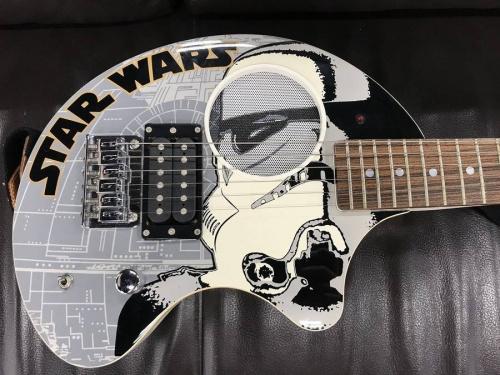 エレキギターのZO-3