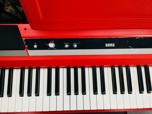 KORGの電子ピアノ