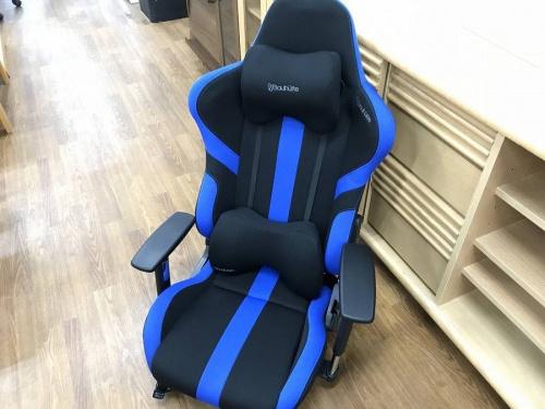 家具のゲーミング座椅子