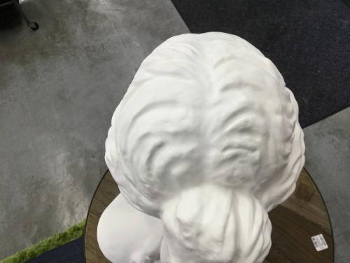 置物の石膏像