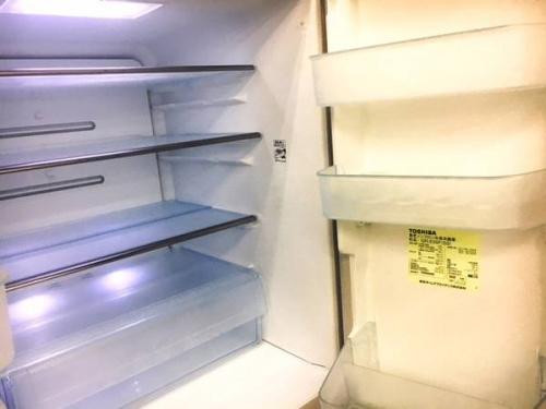 6ドア冷蔵庫の東芝
