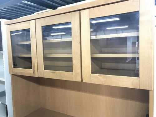 キッチン収納の3枚扉オープンダイニング