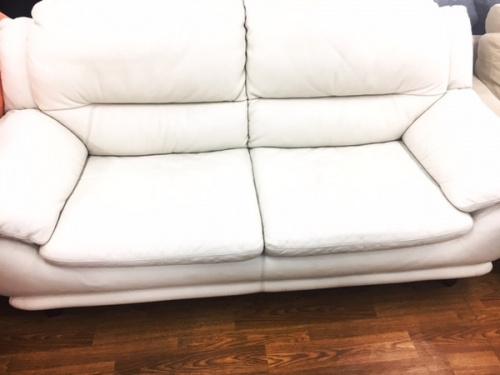 ハイバックレザーソファーの大塚家具