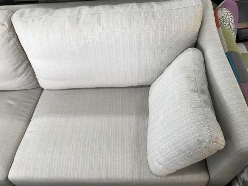 3人掛けソファーのFUJIEI