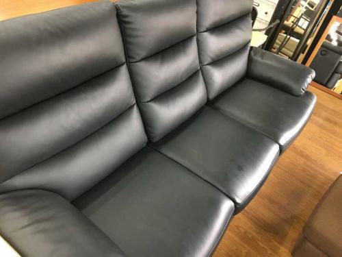 家具の電動リクライニングソファ