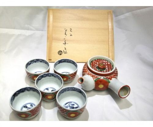 テーブルウェアの九谷焼