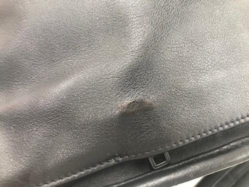 トゥミのレザーバッグ
