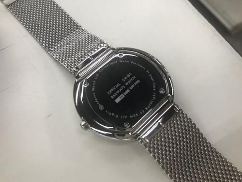 MONDAINEのスイス腕時計