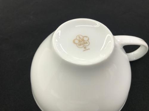 中古食器のカップ&ソーサー