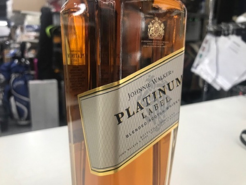 お酒のウイスキー