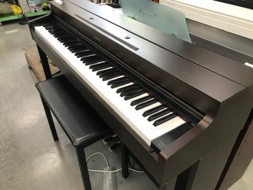 電子ピアノの楽器