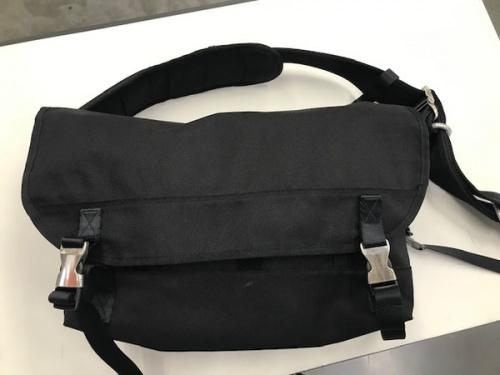 ロリンザのメッセンジャーバッグ