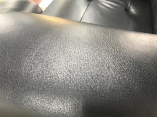 リクライニングソファのカリモク