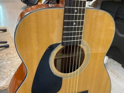 ギターのMORRIS