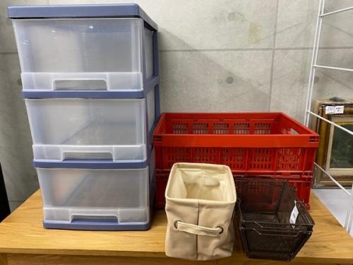 家具の収納雑貨
