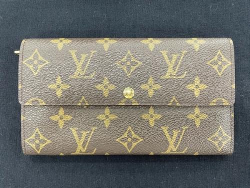 LOUIS VUITTONの長財布