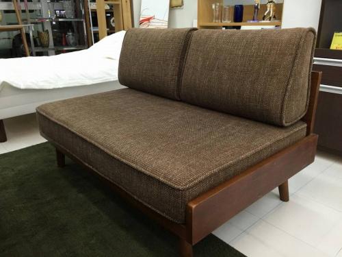 UNICOのソファー