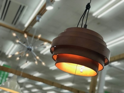 デザイン家電の吊り下げ照明