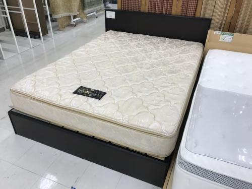 シングルベッドのダブルベッド