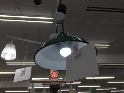 照明のシーリングライト