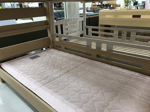 中古家具の2段ベッド