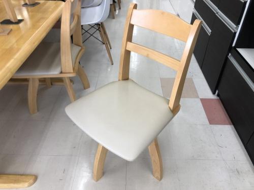 中古テーブルのニトリ