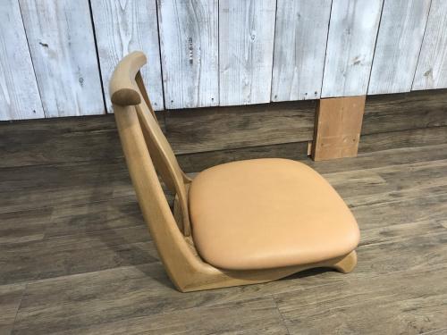 カリモクの座椅子
