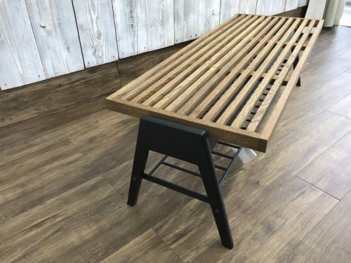 インダストリアルのローテーブル