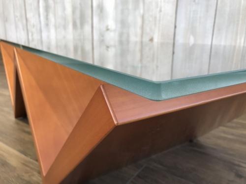 アルフレックスのテーブル