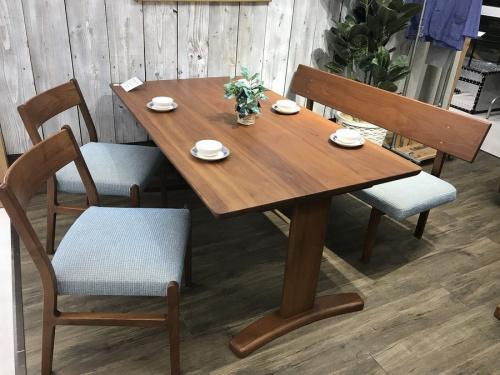 千葉 中古 家具 のテーブル 中古